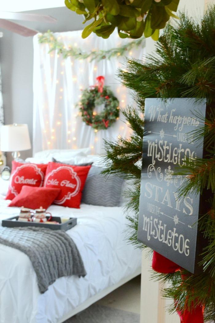 Romantic Christmas Bedroom  BigDIYIdeascom