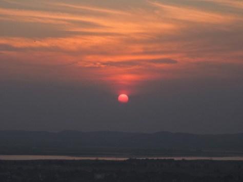 mandalay'da gün batımı