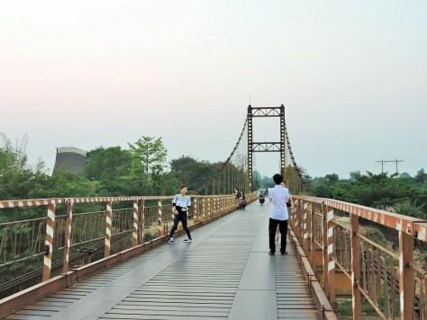 kon tum aşıklar köprüsü