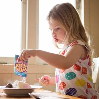 Teaching Kids To Play With Their Food