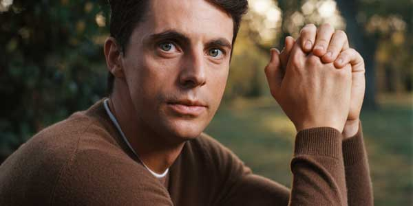 matthew-goode-stoker-portrait4-slide