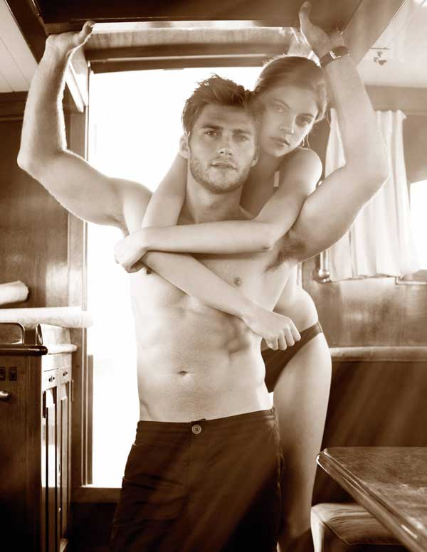 scott-eastwood-town-country1