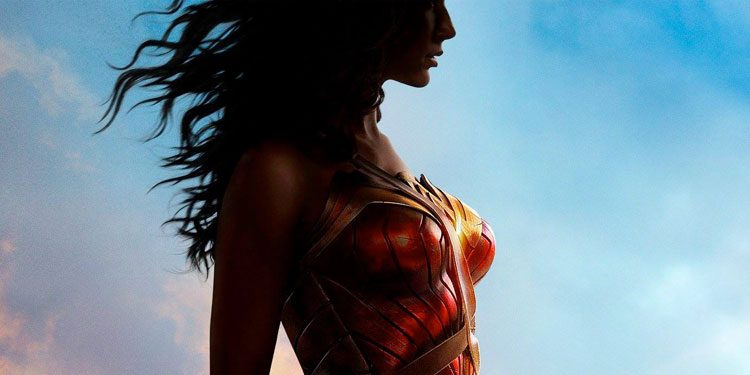 wonder-woman-poster-slide