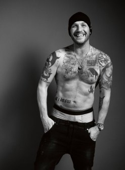 tom-hardy-esquire1