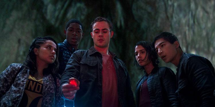 'Power Rangers' Trailer: Watch Bryan Cranston's Epic Debut As Zordon