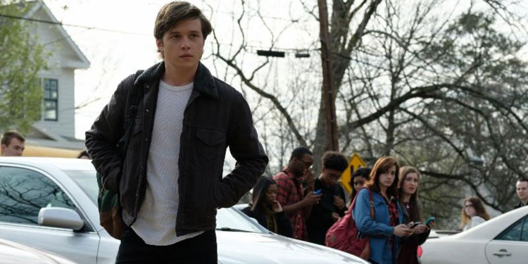 'Love, Simon' Trailer: Nick Robinson Wrestles with Coming out of the Closet