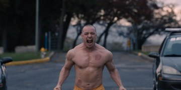 New Glass Trailer – The worlds of Unbreakable and Split meet (including a ripped James McAvoy)
