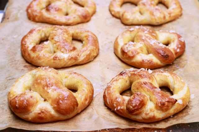 Homemade, No-knead, No-machine, Soft, Pretzels, Baked, Gemma Stafford, Bigger Bolder Baking, Baking, Baking videos, Recipes, How to make soft pretzels
