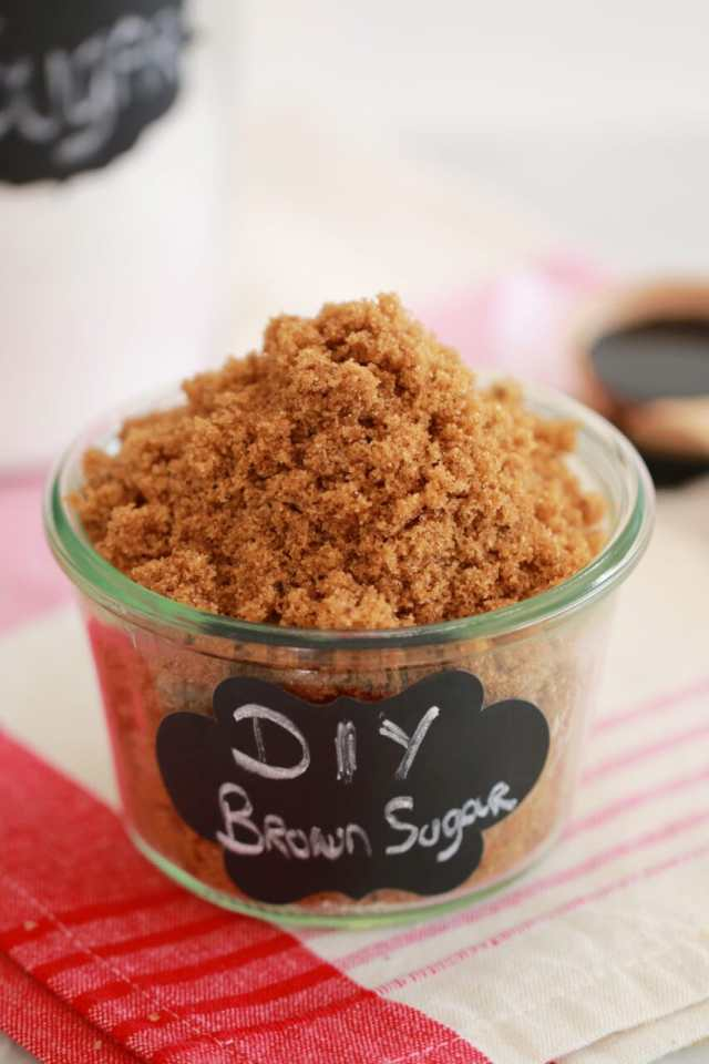 how to make brown sugar, how to make light brown sugar, how to make dark brown sugar, diy brown sugar, baking basics, homemade brown sugar, how to make homemade brown sugar Recipe, recipes, dessert, quick and easy desserts, best desserts, DIY videos, DIY recipes, how to videos, how to reicpes, how to make,best ever desserts, simple desserts, simple recipes, recieps, baking, baking techniques, simple baking techniques, Gemma Stafford, Bigger Bolder Baking, bold baking, bold bakers,