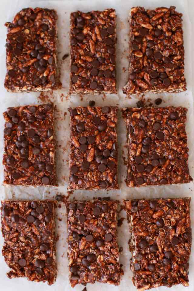 Nut & Raisin Granola Bars, Peanut Butter & Jelly Granola Bars, Double Chocolate Granola Bars, Protein bars, lunchbox ideas, school snacks, granola bar recipe, homemade healthy snacks, granola bars, Recipes, receipe, baking recipes, dessert, desserts recipes, desserts, easy desserts, quick easy desserts, simple recipes, best ever desserts, rescipes, how to make, how to bake, Gemma Stafford, Bigger Bolder Baking, bold recipes, bold desserts, quick recipes, How to,