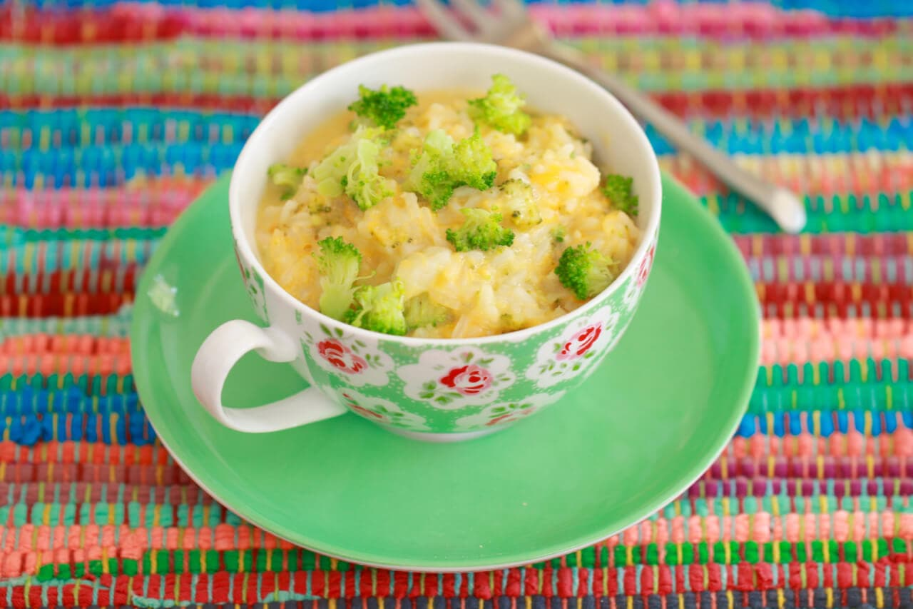 microwave broccoli and cheese rice bowl in a mug