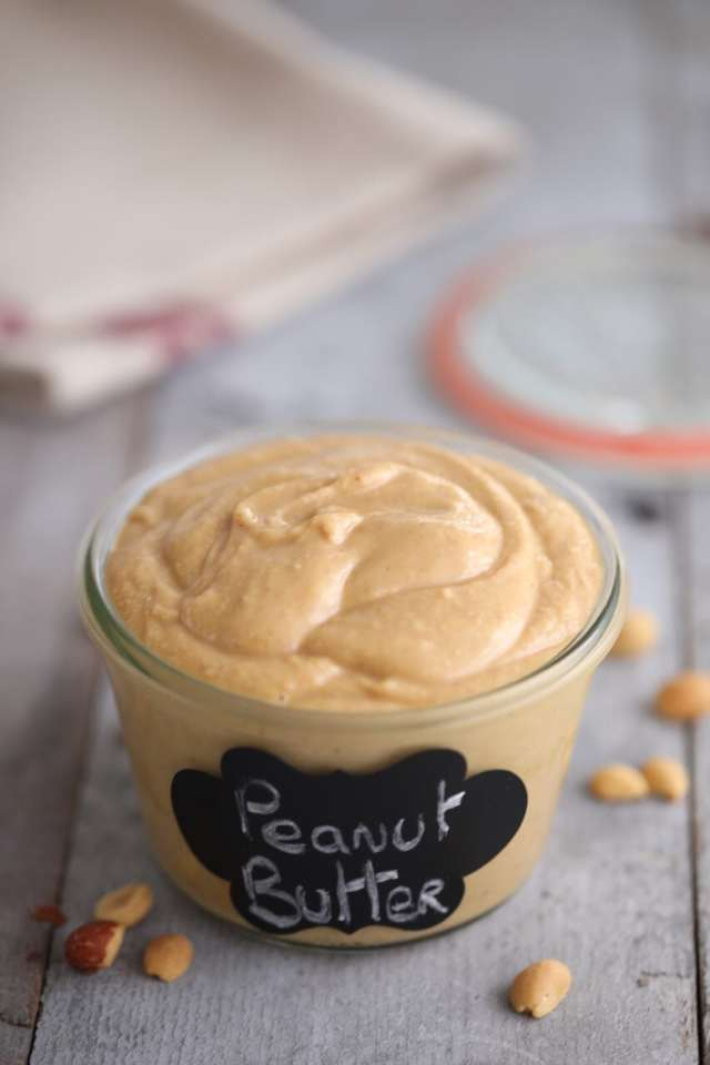 How to Make Homemade Peanut Butter, How to Make Homemade Peanut Butter recipe, How to Make Peanut Butter, DIY Peanut Butter, Homemade Peanut Butter recipe, nut butter recipe, DIY nut butter, peanut recipes, nut recipes