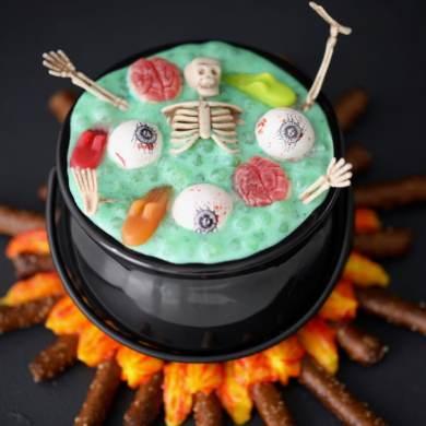 Witch's Brew Halloween Dessert