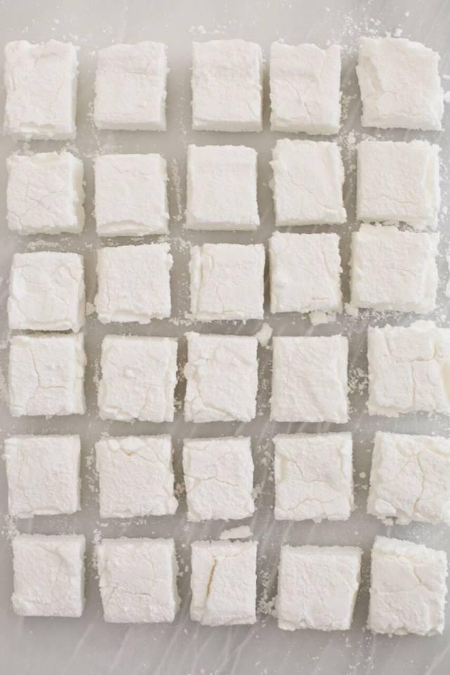 Homemade Marshmallow recipe, Easy Homemade Marshmallow recipe, how to make Homemade Marshmallow, DIY Easy Homemade Marshmallow, how to make marshmallows, marshmallow recipe, Homemade Marshmallow recipe no corn syrup, Marshmallow recipe without corn syrup