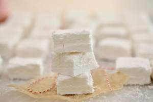 Homemade Marshmallows Recipe: Corn Syrup Free