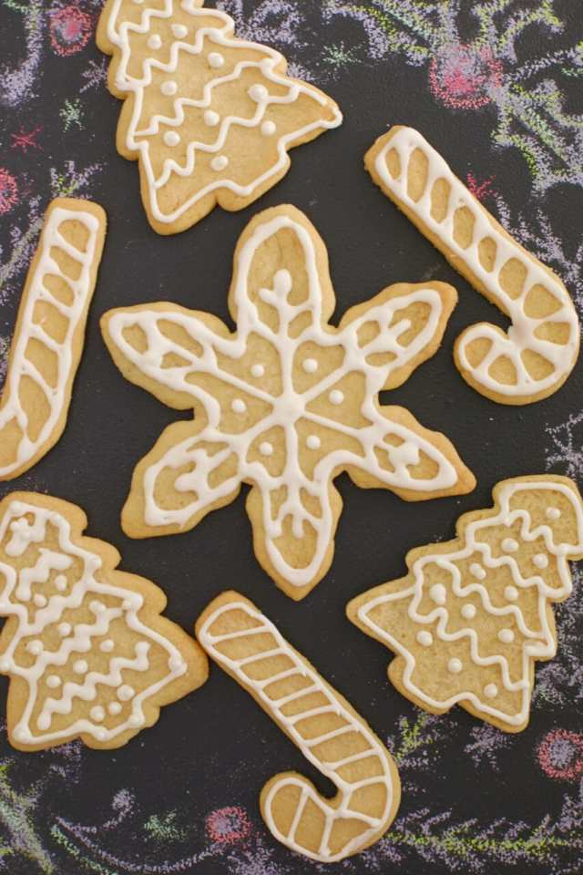 Royal icing recipe, how to make royal icing, diy royal icing, icing recipe, sugar cookie, how to make icing, royal icing, icing for cookies