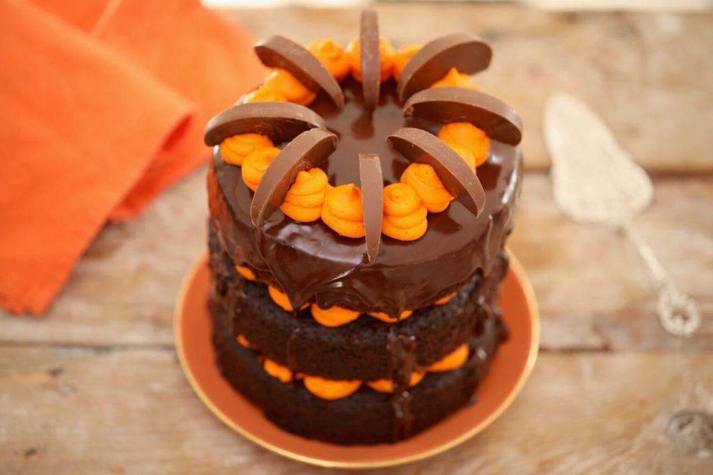 Best Ever Chocolate And Orange Cake Gemmas Bigger Bolder Baking