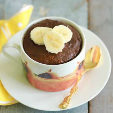 1 Minute Chocolate Banana High-Protein Mug Cake