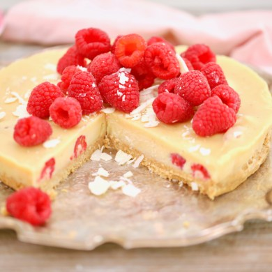 No-Bake White Chocolate Raspberry Pie