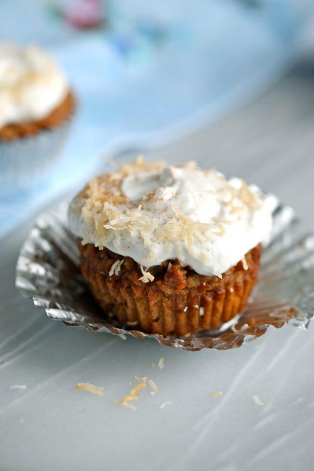 carrot cake, carrot cake recipe, carrot cake cupcakes, gluten free carrot cake, gluten free carrot cake recipe, gluten free carrot cake cupcakes, gluten free cupcakes, how to make gluten free carrot cake, how to make gluten free carrot cake recipe, spring cupcakes, healthy cupcakes, cupcake recipes, bigger bolder baking, olivia crouppen, liv crouppen,