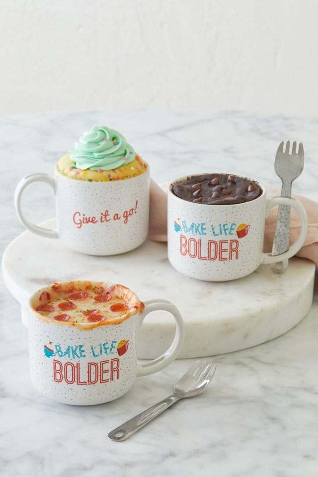 Gemma's Mug Meals Mug with funfetti cake, brownie, and pizza —and sporks.