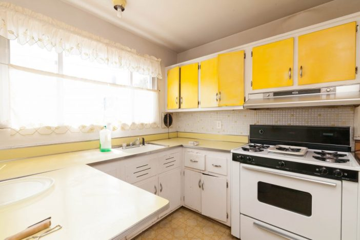Before staging: Kitchen