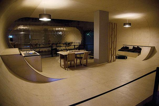 SkateboardHouse2