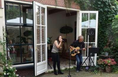 Duo Axel en Anneke in Rode Huis 3 .JPG muziek gezien foto Peter J. Visser