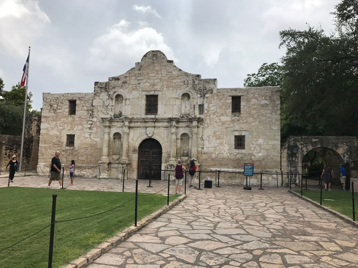 Road Trip–A Wedding and the Alamo