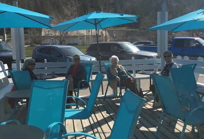 Must-Visit Patios in Radium Hot Springs this Summer