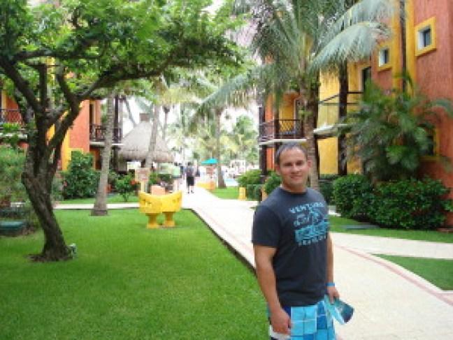 Norfolk, Dubai, England, Mexico 800