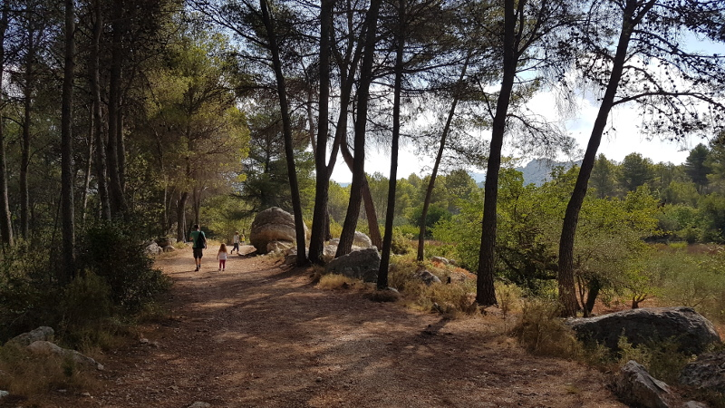 vall-de-laguar-camp-family-walk