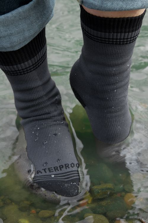 waterproof-socks