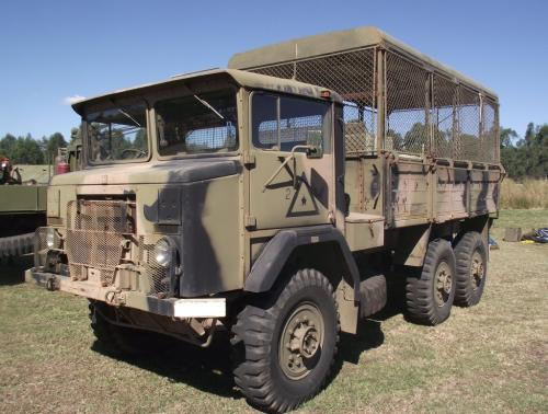 International Trucks Army Girl