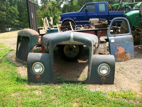 B61 Mack Truck Parts