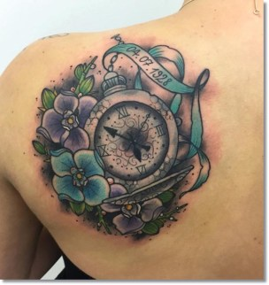pocket-watch-tattoo-on-back