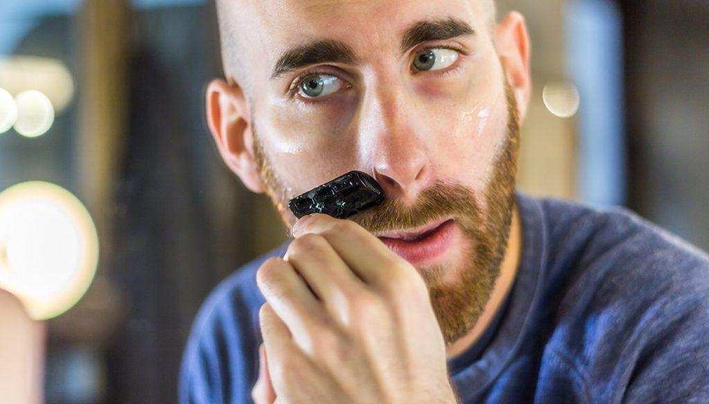 Rasage et moustache : la technique