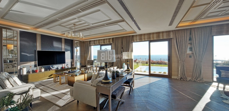 Big villas for sale with amazing sea view and garden in Istanbul Beylikduzu