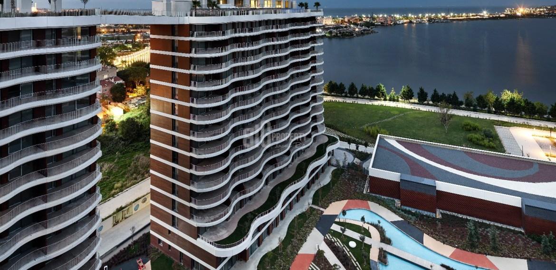 Horizontal lake view apartment for sale istanbul