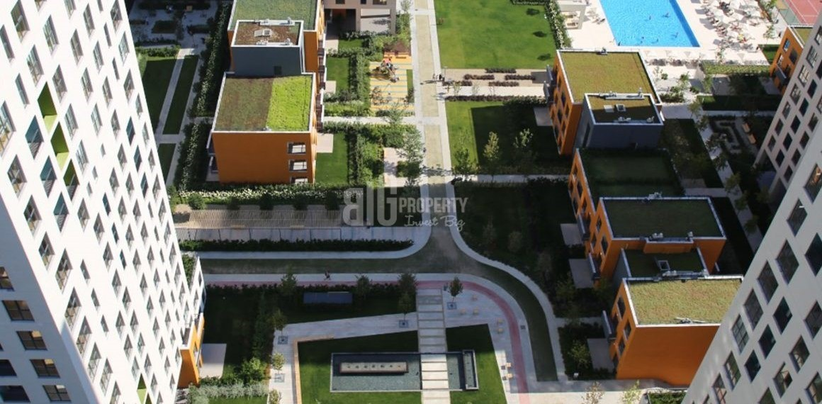 Ready to move quality property for sale close to metrobus and E-5 in Istanbul