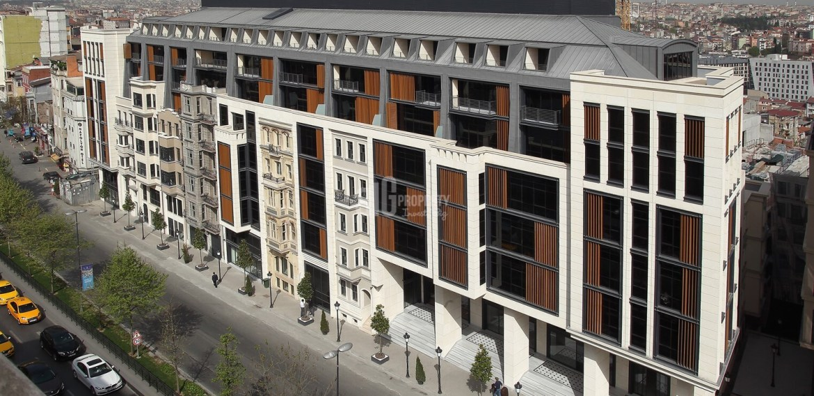 Historical architectural Office and Apartments real estate in heart of İstanbul Taksim