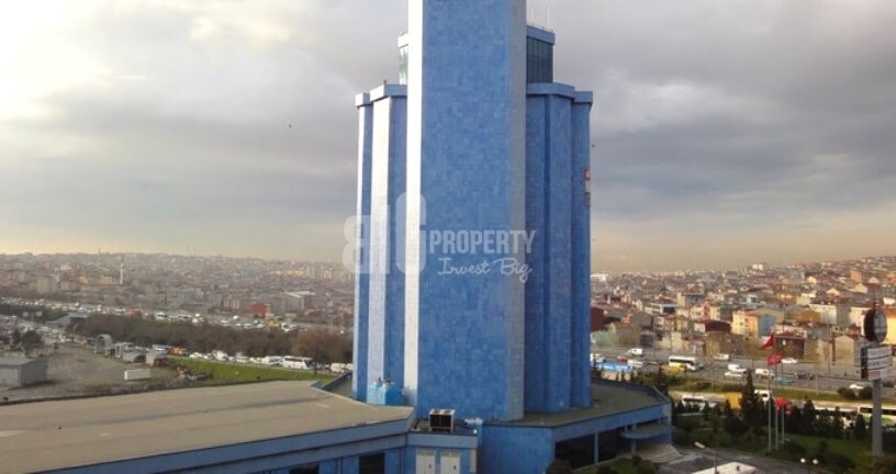 Commercial prestige plaza in front of highway for sale in bagcilar istanbul