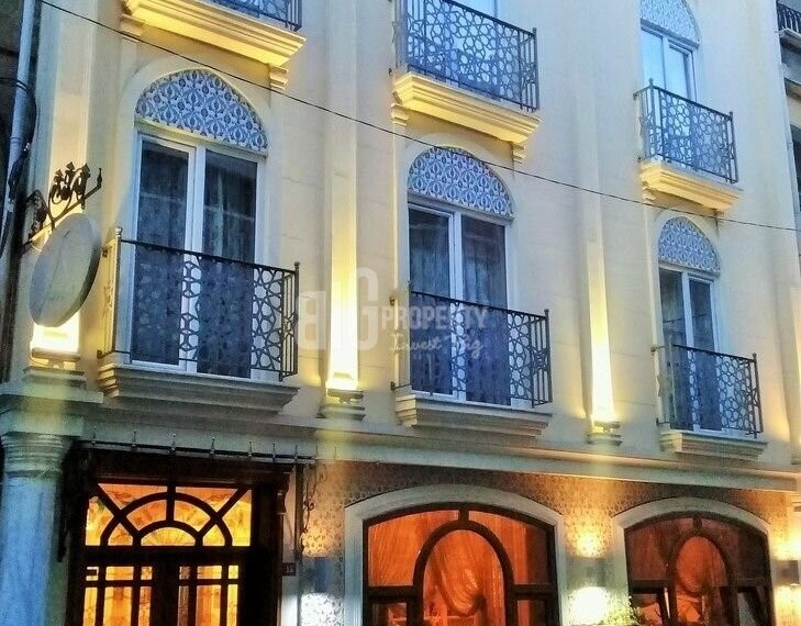 Hotels with a sea view for sale in Fatih Sultanahmet Istanbul with turkish citizenship