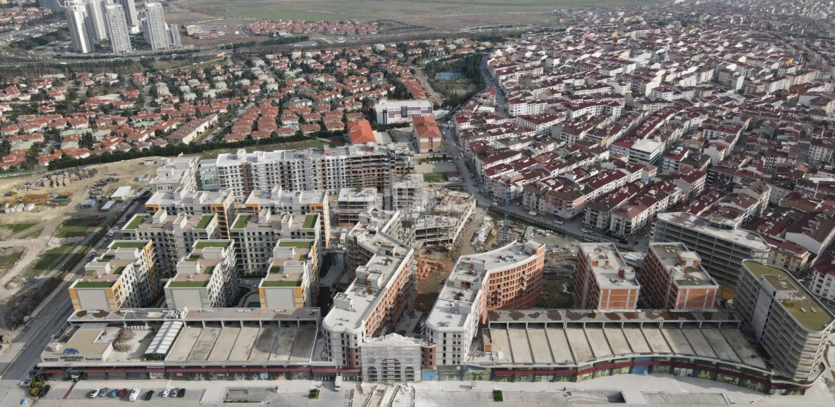 commercial property for sale centr of esenyurt and suitable for citizenship