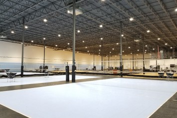 big-shine-energy-recreational-led-lighting-case-study-nc-volleyball-academy-04