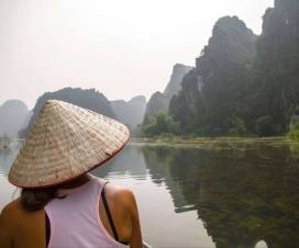 carnet-de-vietnam-big-sister-is-loving-you