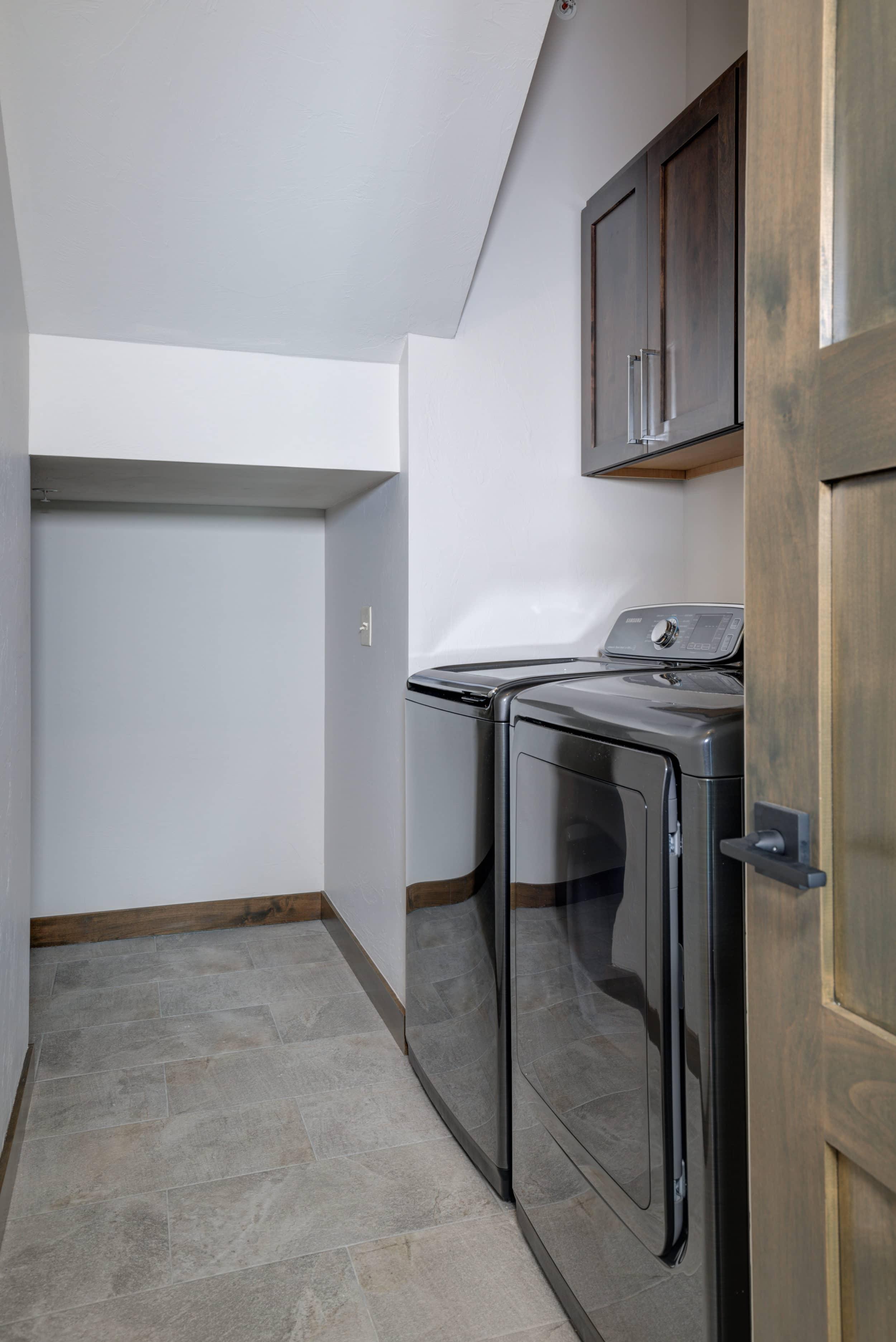 Elkhorn 2303C laundry1