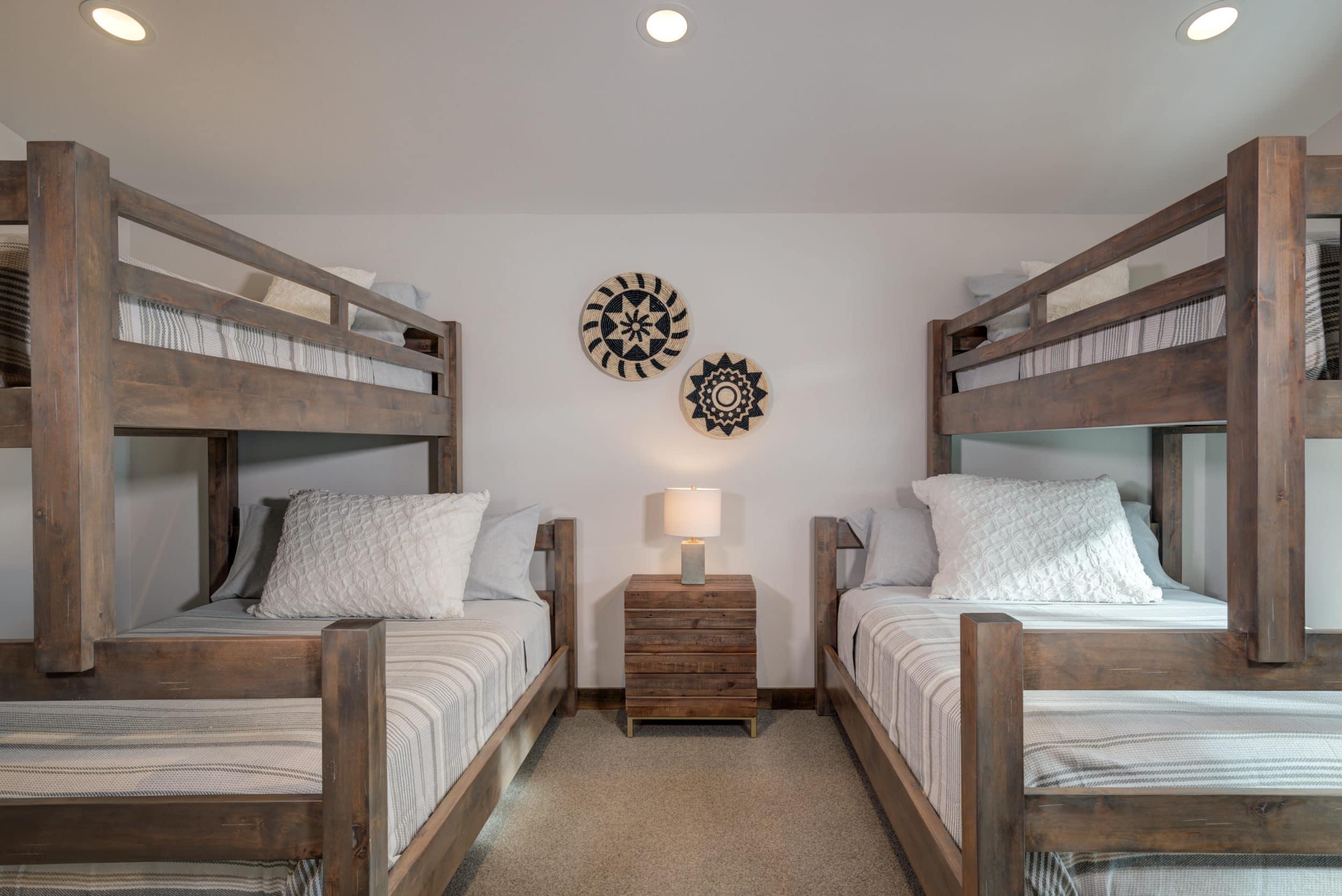 Elkhorn 2303C loft bedroom2