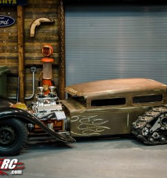 alrighty so this is the tank tracked rc rat rod starting off the chassis is custom made out of 1 2 inch square steel tube welded into the desired shape  [ 1280 x 848 Pixel ]