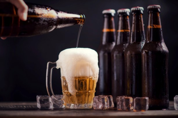 """featured image of the blog titled """"5 Best-Selling Beers to Try"""""""